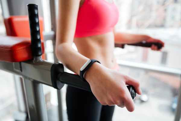 how to use fitness tracker to lose weight