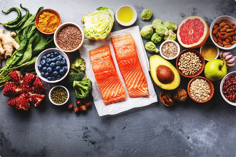 Losing weight after 40 fast. Besides lifting weights, you can boost your T levels by eating more fats and protein.